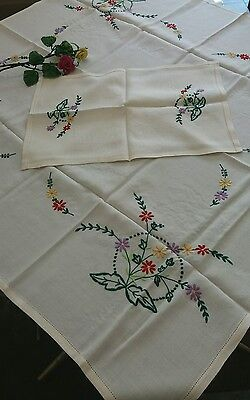 "Beautiful Vintage Hand Embroidered Table Cloth & Tray Cloth Unused 43"" x 39"""