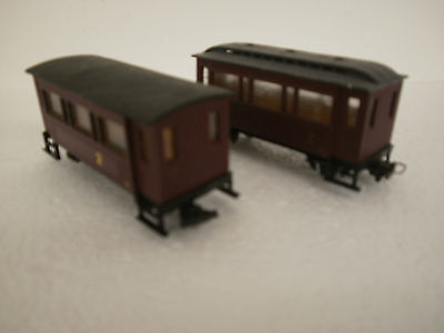 Egger 2 coaches  converted / modified ? HOe - 009  1 roof marked unboxed