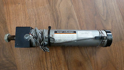 Smc Pneumatic Cylinder 20-Cdmkrb40-150-G79  *new Old Stock*