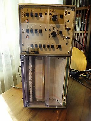 VINTAGE SOLTEC 6723 CHART RECORDER AMERICAN 110 Volt with SPARES