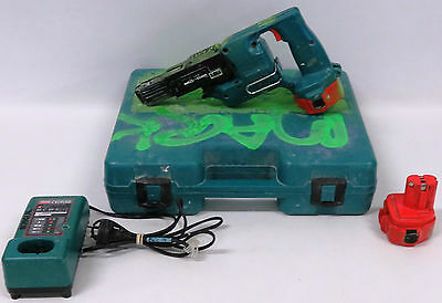 Makita 6835D Cordless Auto Feed Screwdriver With Charger In Hard Case - 87232