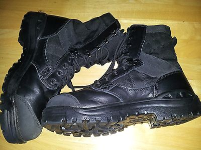 Magnum Boots..size 8..new