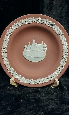 "Wedgwood Jasperware Miniature Plate ""Darwin"" White on Terracotta"