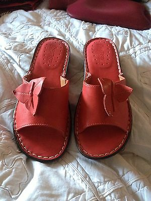 Brand New HOTTER Red Leather Sandals Uk. 5 1/2
