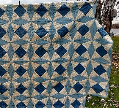 Unusual Vintage Handmade Pinwheel Design Blue Cream Quilt