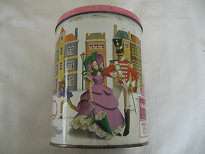 Collectable Vintage Round Quality Street 2lb Tin