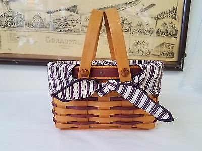 Longaberger 1998 Picture Perfect Sweetheart Basket