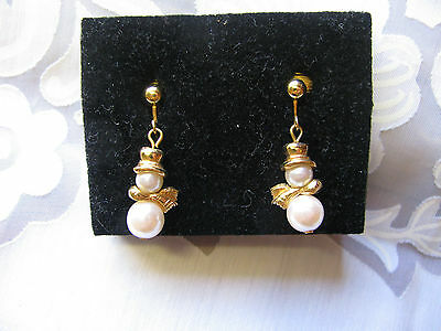 # AVON NEW OLD STOCK PEARL SNOWMAN CLIP Dangle EARRINGS BOXED