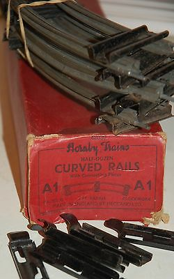 Hornby O Gauge Half Dozen Curved Rails With Connecting Clips Boxed