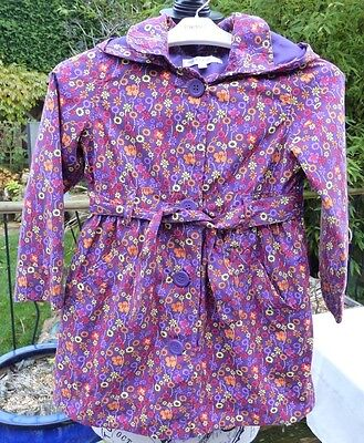 Autograph Girl at Marks & Spencer, Patterned Raincoat. Age 3 - 4 years. Immacula