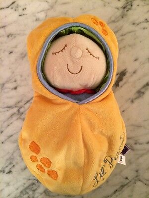 Christmas Gift 6 months+: Manhattan Toy Lil Peanut Baby In Bunting Doll Exc. con