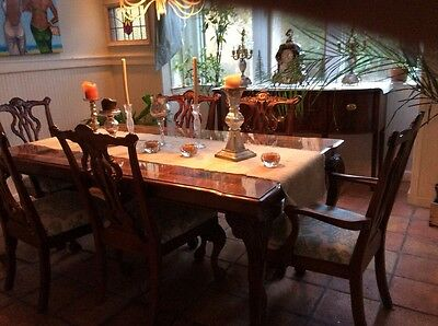 Thomasville Solid mahagony dining Room Table 6 chairs & mahagony sideboard