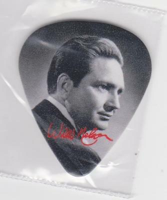 RaRe YOUNG WILLIE NELSON Collectible Sigature GUITAR PICK COUNTRY MUSIC