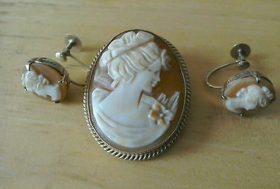 vintage 9ct gold cameo brooch/pendant and earrings.