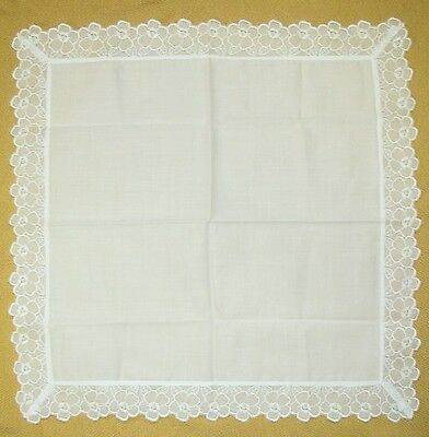 White Plain Lace Small Handkerchief 36cm /SAIBASI