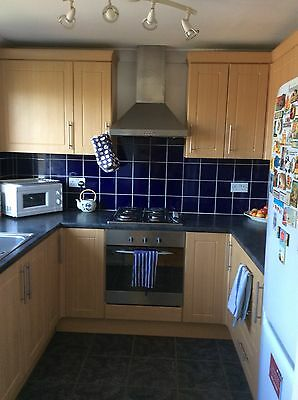 2 Bedroom Property, bright, top floor flat, N15