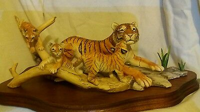 Border Fine Arts Bengal Tigress and cubs Ltd Edition for WWF