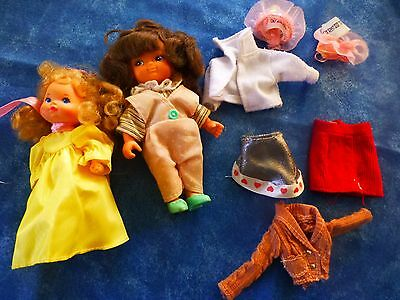 lot vétements+2 mini   poupées vintage ans 1976 mattel 13cm