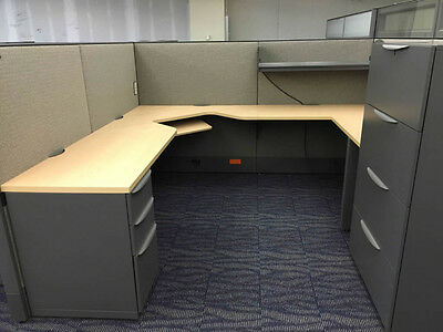 Haworth Premise 6'x6′ & 7.5'x7.5′ Cubicles