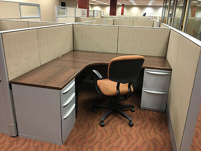 Haworth Premise 6'x6′ 48″ Tall Cubicles