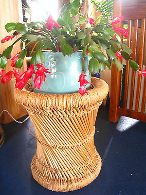 Vintage Wicker/Reed/Twine Plant Stand Side End Table Foot Stool Porch Decor