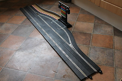 Scalextric Sport Digital C7041 Pit Lane Game And Complete Pit Lane / Stop