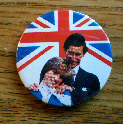 """Lady Diana And Prince Charles 1 1/2"""" Celluloid Royalty Pinback"""