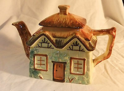 VINTAGE COTTAGE WARE TEAPOT Keele St Pottery Staffordshire England Excellent Co