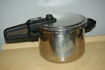 Sensor 6 L Pressure Cooker Type 3215 Made In France Stainless steel