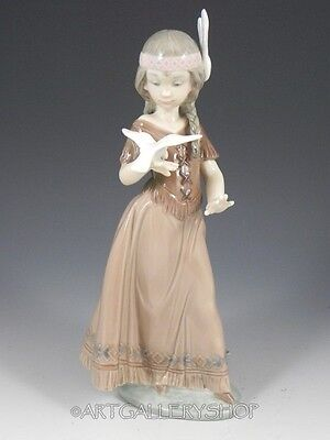 Lladro Figurine AMERICAN LOVE INDIAN GIRL WITH DOVE BIRD #6153 Retired Mint
