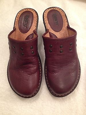 BORN Women's Brown Leather studded Mule Clog Slip On Size 7