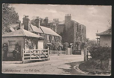 Postcard - View of The Old Toll-Gate, Maidenhead, Berkshire - dated 1904.
