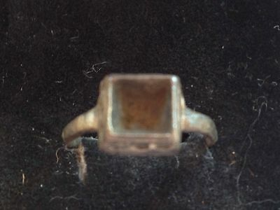 Nice Roman ring UK find partially professionaly cleaned Wearable Missing Stone