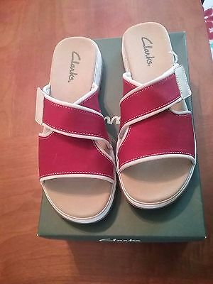Womens Clarks Shoes, Red Hyannis Size 10 M #33548
