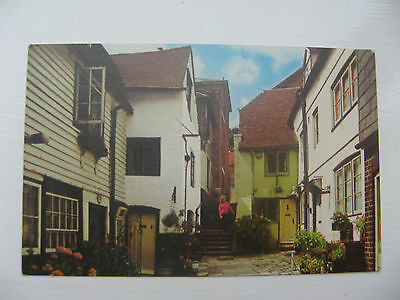 SINNOCK SQUARE, OLD TOWN, HASTINGS -  unposted card   EARLY 1900's BENNETT PUB
