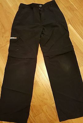 Navy blue, Regatta walking trousers. age 9/10. Ideal for Cubs/ Beavers
