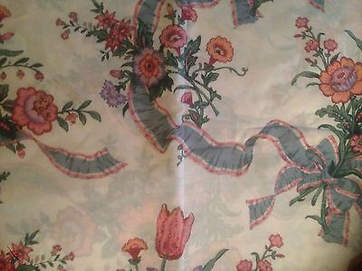 "Vintage Pretty Cotton Flowers/ribbon  Pattern Fabric.110"" X 90"".unused."