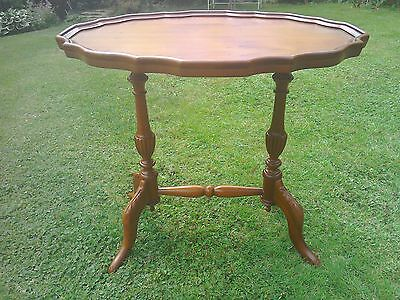 Beautiful Antinque reproduction french style occasional table