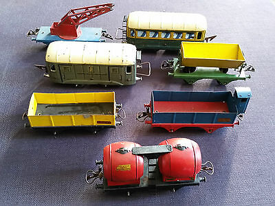 """Lot 7 Anciens Trains Miniatures Hornby Meccano """"0"""" Wagons & Voitures Voyageurs"""
