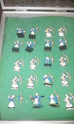 20 High Elves archers 1st and 5th edition