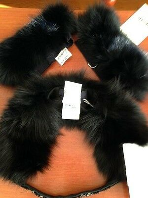 New Amazing S. Max Mara Black  Fox Fur  Set(Cuffs and Collar ), Made in Italy,