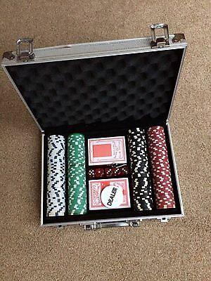 poker set with an additional bag of chips