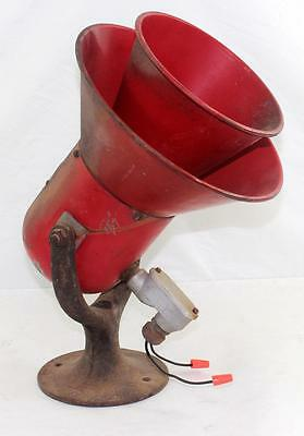 Rare Vintage Model A Federal Sign & Signal Corp Siren