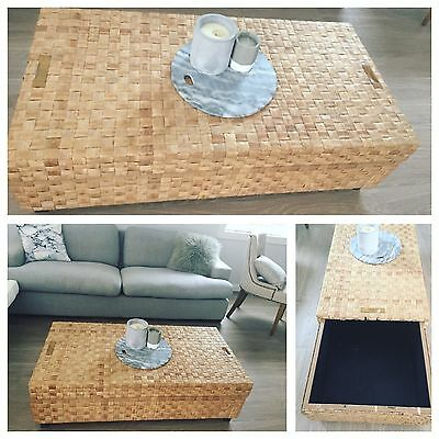 Freedom Furniture Coffee Table, Lots Of Storage, Stunning