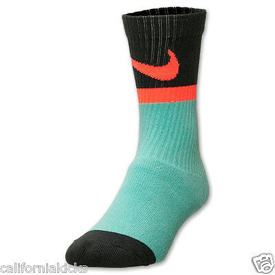 NIKE Classic Swoosh HBR Crew Socks sz S Small Fits Youth Shoes Size (3Y-5Y) SB