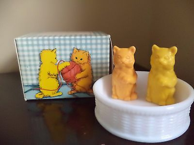 Vintage Avon Sittin Kittens Two Soaps and Soap Dish in Box