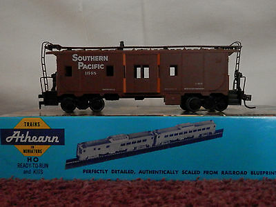 H.O Scale Caboose Southern Pacific