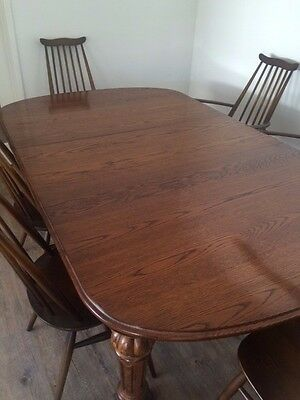 Antique Oak Extension Dining Table with two leaves. Pristine