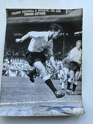 Original Press Photo 6 Inch X 9 Inch Approx Stan Brown Fulham 1962