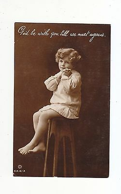 CHARMING POSTCARD OF A BAREFOOT GIRL SITTING ON A STOOL-ROTARY PHOTO No S.O.16.3